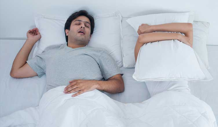 When Your Spouse Has a Sleep Disorder foto